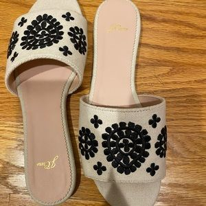 j crew embroidered white and blue slides